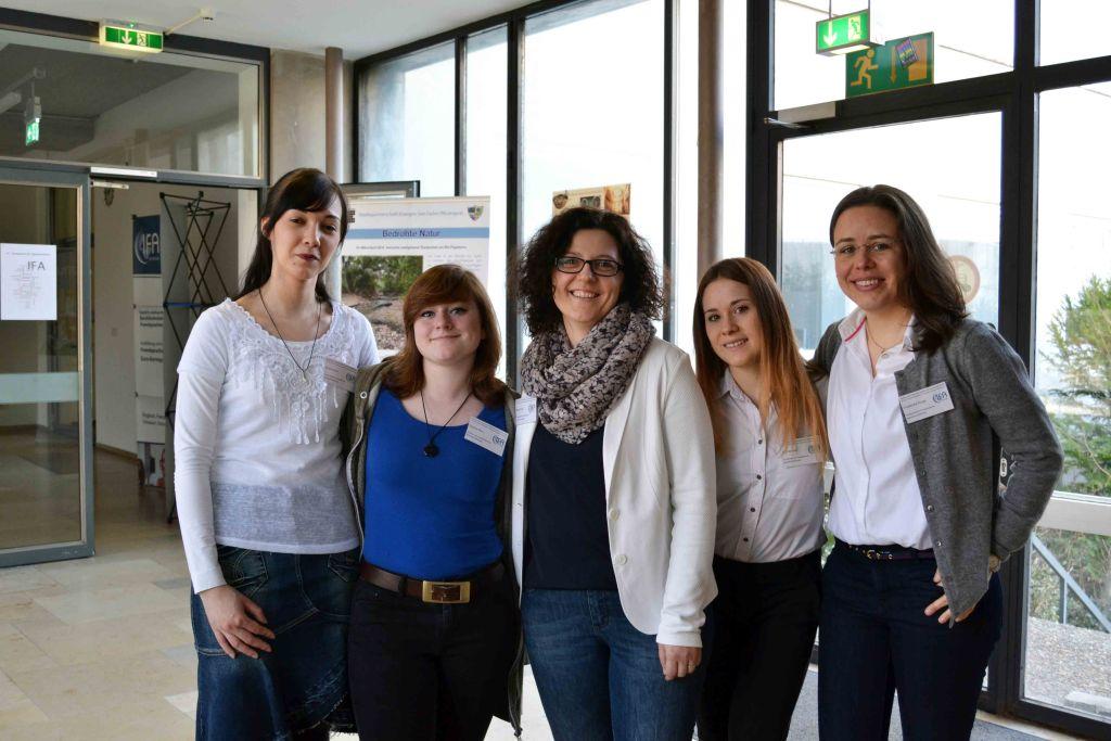 Studierende die Hilfe bei der Organisation des Spanisch Symposiums geleistet haben 2017