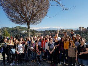 IFA-Gruppe vor der Alhambra